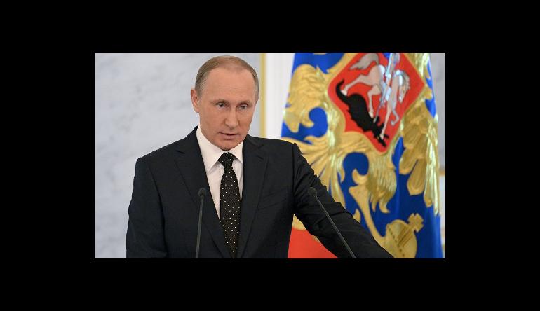 Поручение президента – направить на строительство дорог 11 трлн рублей