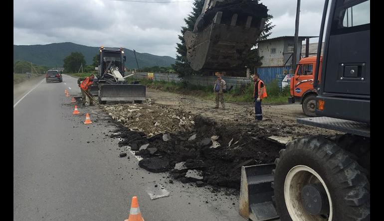 Правительство выделило почти десяти миллиардов рублей на дороги в регионах
