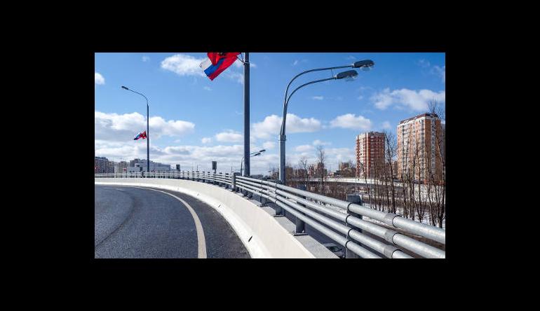 Открыта эстакада через варшавское шоссе