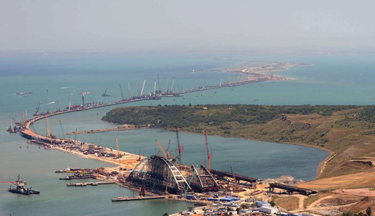 В Минтрансе отметили хорошие темпы строительства моста в Крым